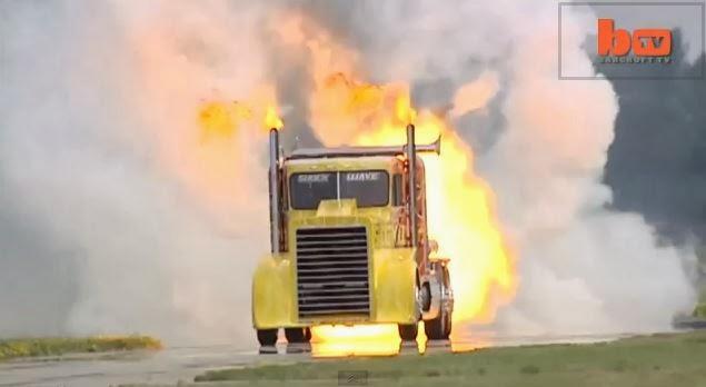 Φορτηγό πιάνει τα 600χλμ την ώρα