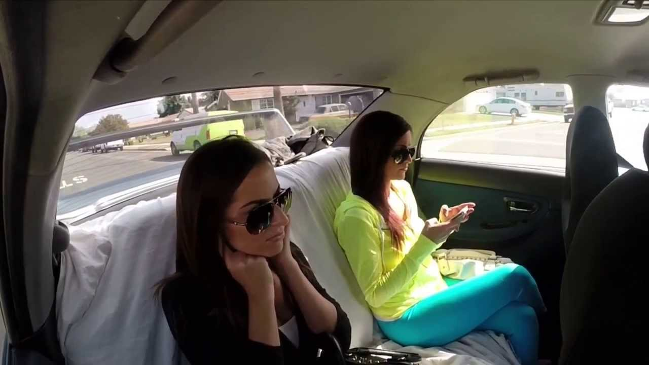 Τα κορίτσια συναντούν την δύναμη του  Subaru STi