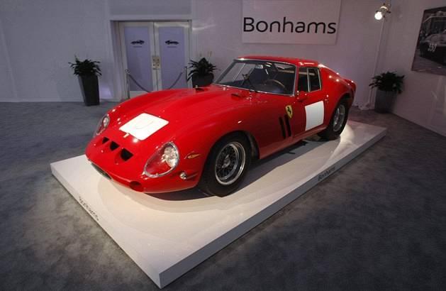Ferrari-570