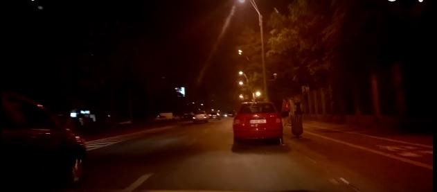 Οδηγώντας σαν τρελλός! (video)