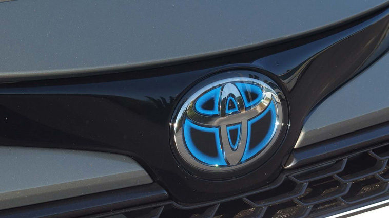 Η Toyota ετοιμάζει ηλεκτρικά αυτοκίνητα που θα φορτίζουν σε 10 λεπτά