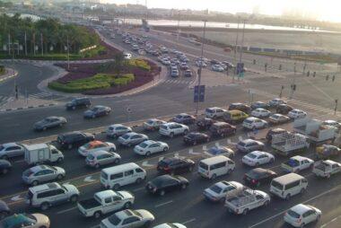 """Το Dubai σκέφτεται να απαγορέψει στους """"φτωχούς"""" να έχουν αυτοκίνητο!"""