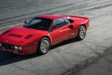 H αβάσταχτη γοητεία της Ferrari 288 GTO