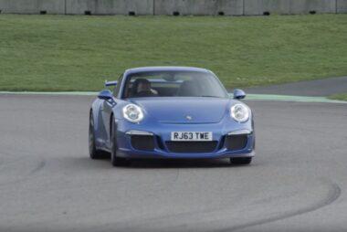 Είναι η Porsche 911 GT3 ταχύτερη από το Nissan GT-R στην πίστα;