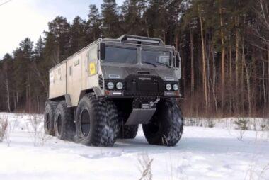 Το νέο 6τροχο κτηνώδες υπερόπλο των Ρώσων για τα χιόνια