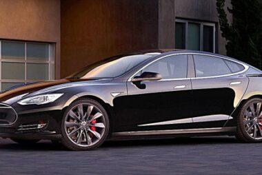 Μεγαλύτερη αυτονομία για τα Tesla Model S