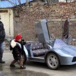 Τρομερός παππούς κατασκευάζει Λαμποργκίνι για τον εγγονό του [photos+video]