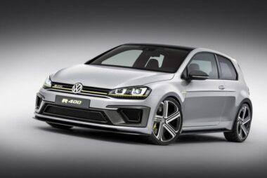To VW Golf R400 στην παραγωγή